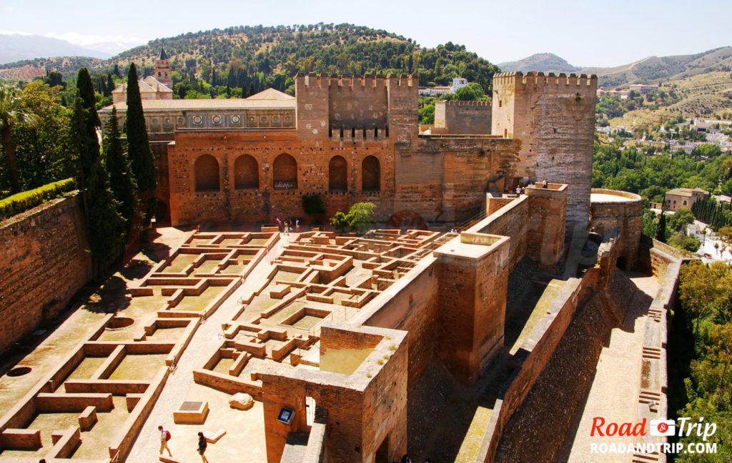 Alcazaba la forteresse la plus ancienne