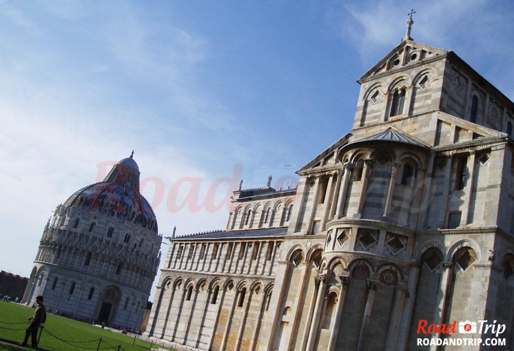 Baptistère et cathédrale