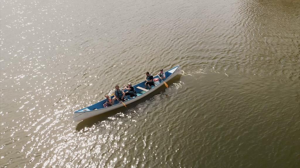 Canoe au lac des Settons