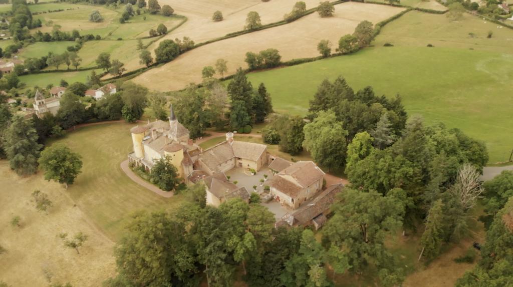 Chateau aux environs de Cluny