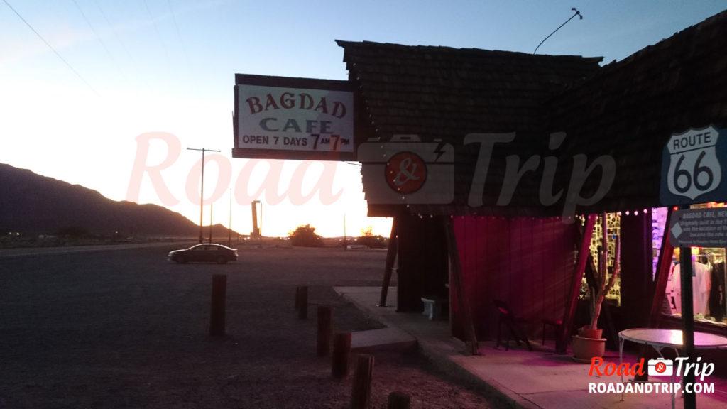 Coucher de soleil au Bagdad Cafe