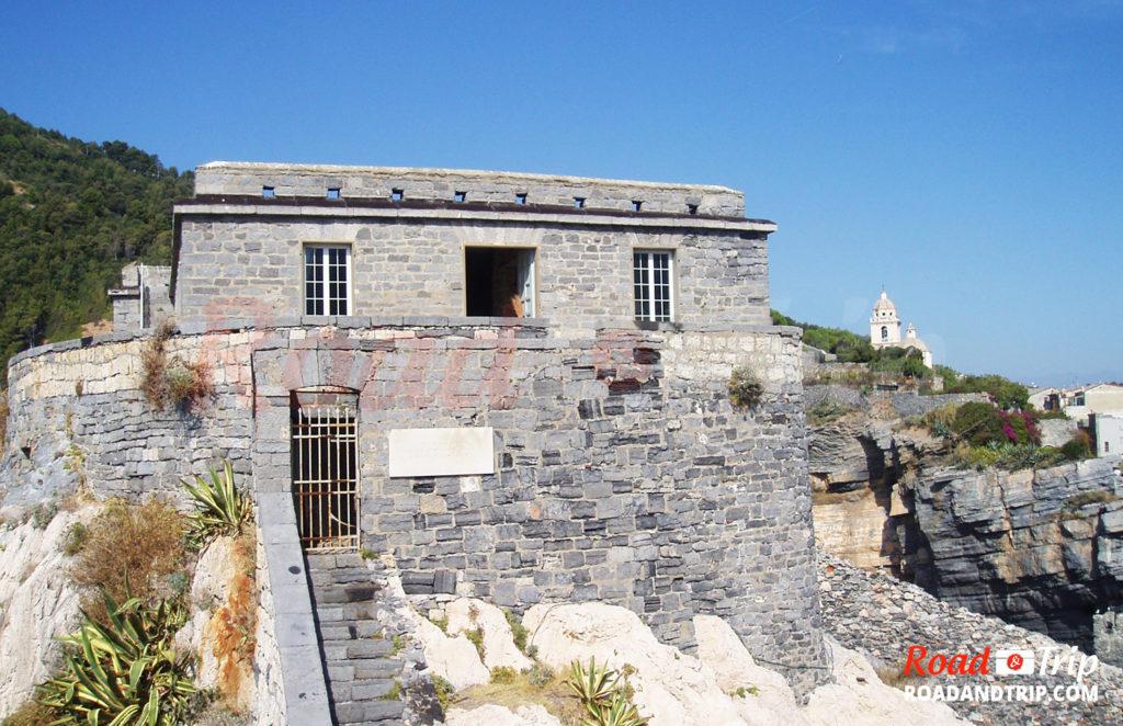 En direction du vieux château