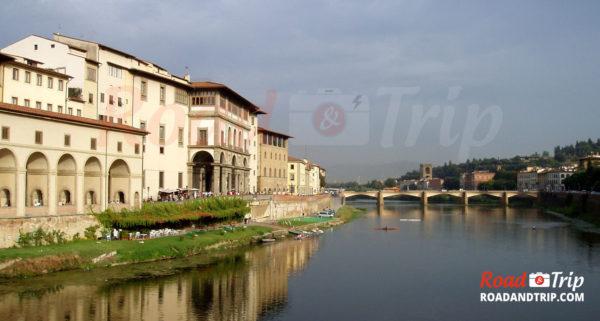 Fleuve-Arno-à-Florence