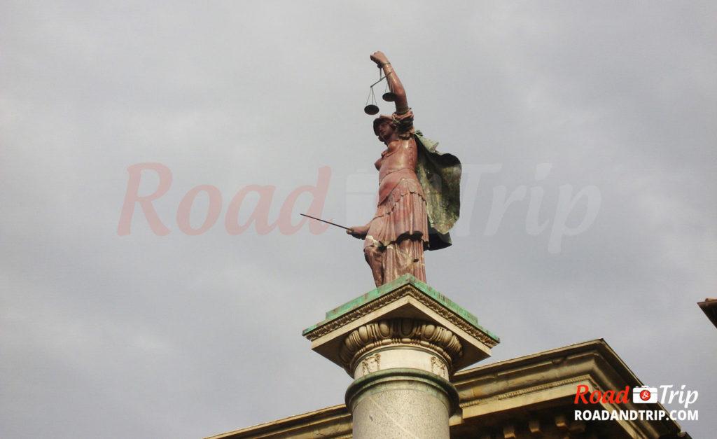 Florence-et-ses-statues