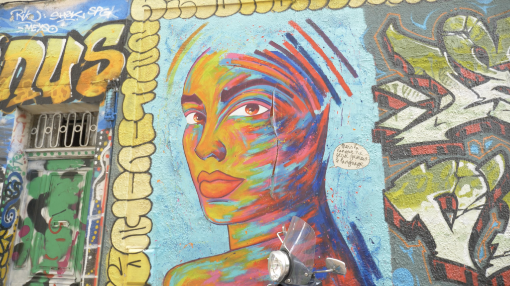Graff dans le quartier des Créateurs à Marseille