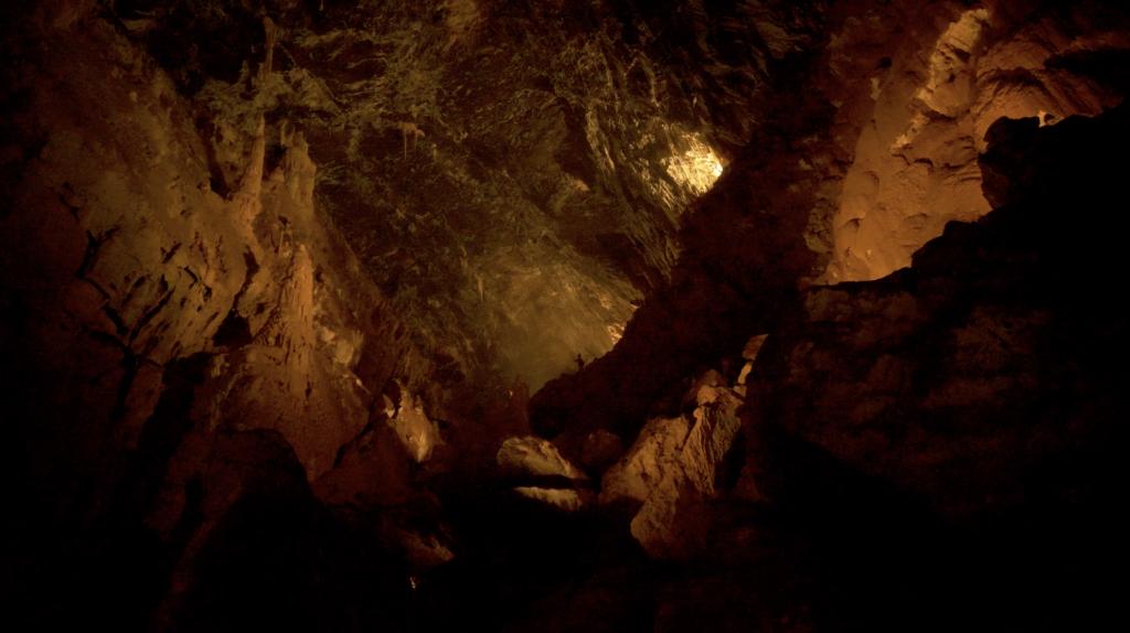 Jeux de lumières et musical aux Grottes de Vallorbe