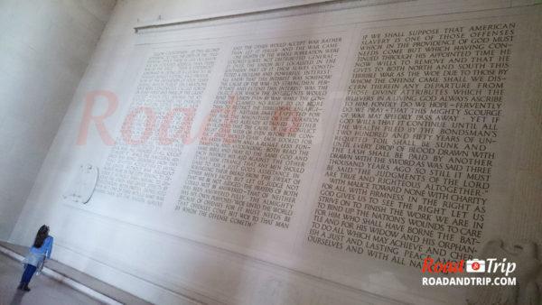 L'intérieur du Lincoln Memorial