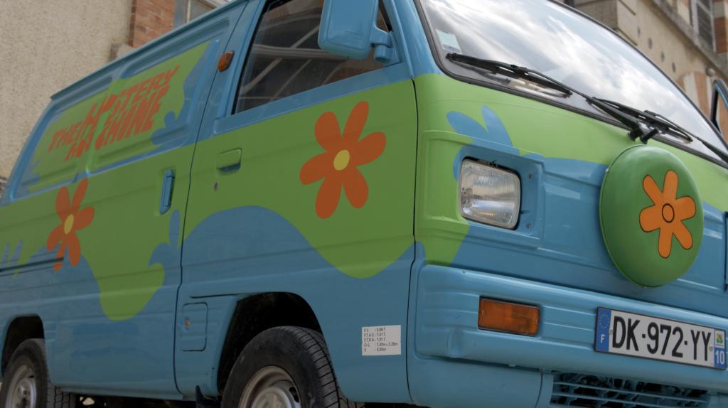 Mystery Machine de Scooby Doo à Cluny