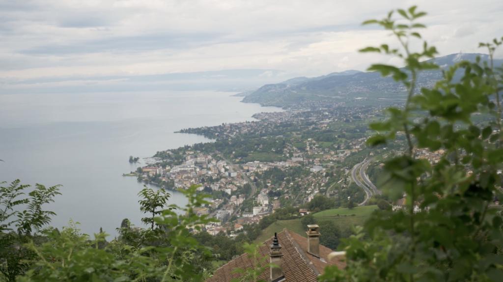 Panorama en direction du Rocher de Naye