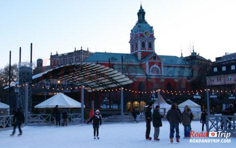Patinoire extérieure à Stockholm