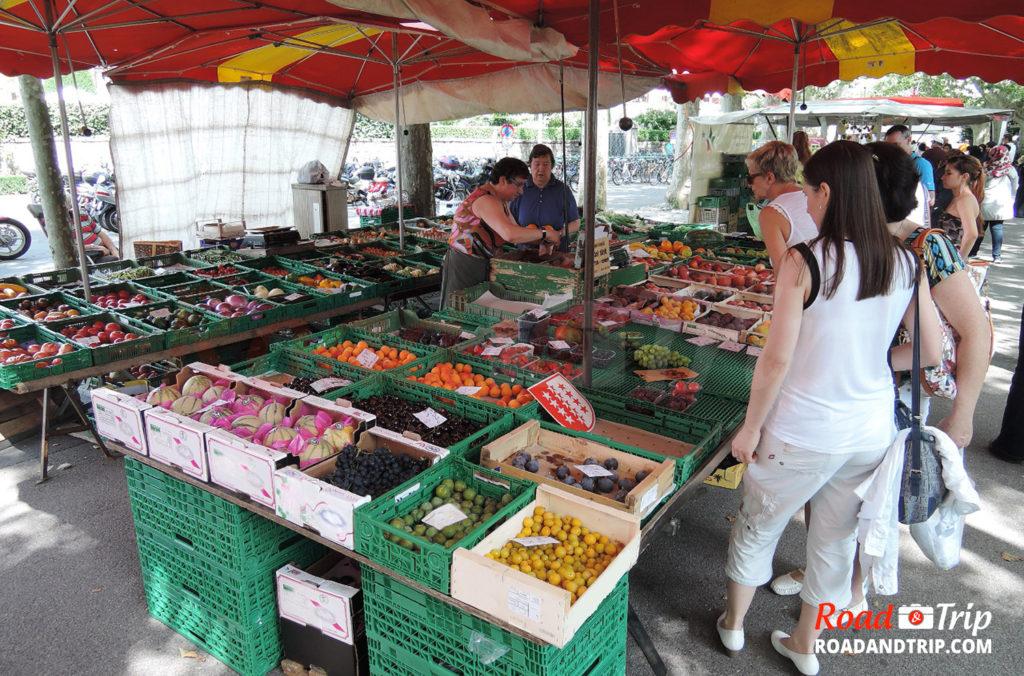 Petit marché à Lausanne