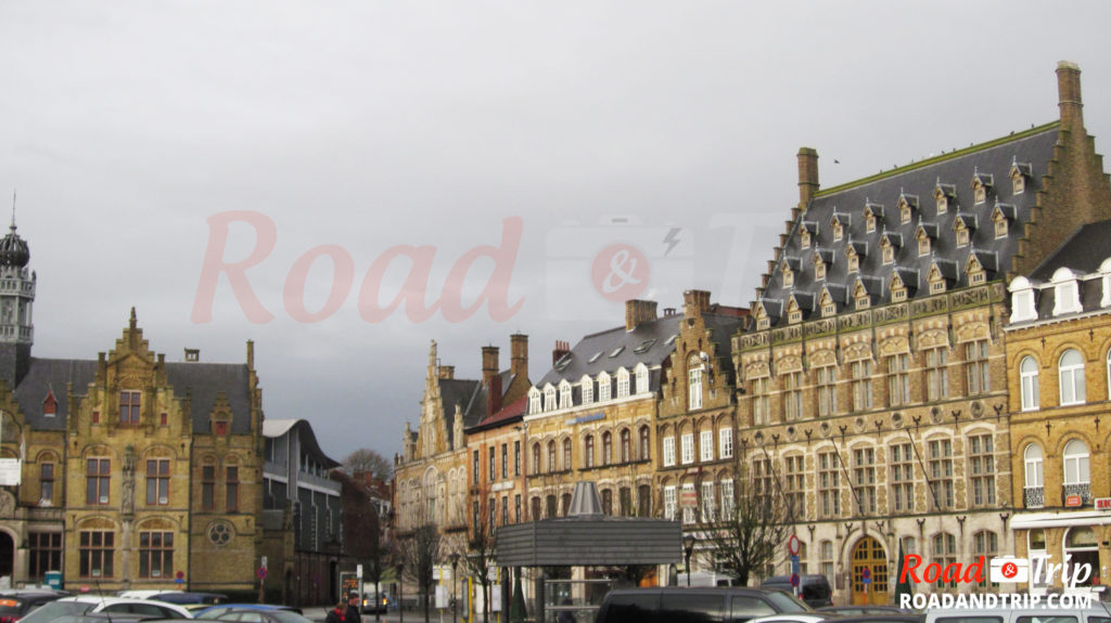 Place centrale à Ypres