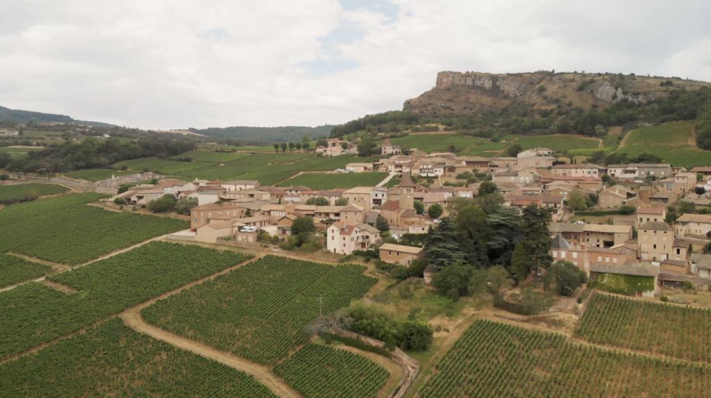 Roche de Solutré en Bourgogne Franche-Comté