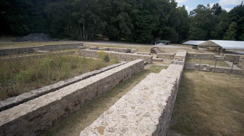 Site de Bibracte dans le Parc Régional du Morvan