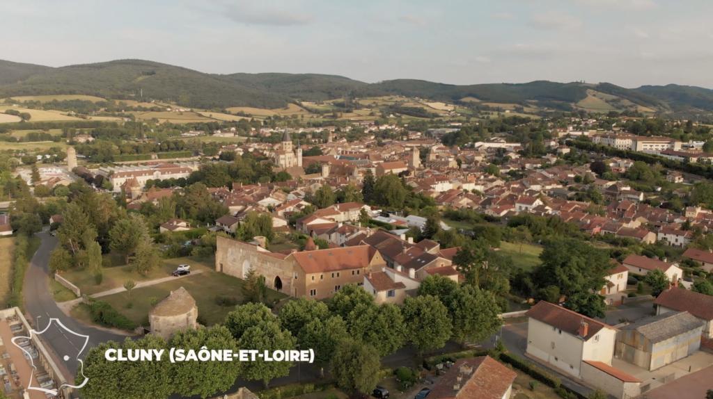 Vue aérienne de Cluny en Saône-et-Loire
