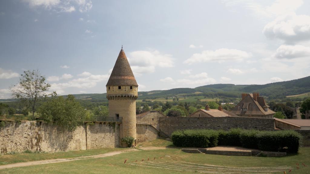 Vue panoramique sur l'abbaye de Cluny